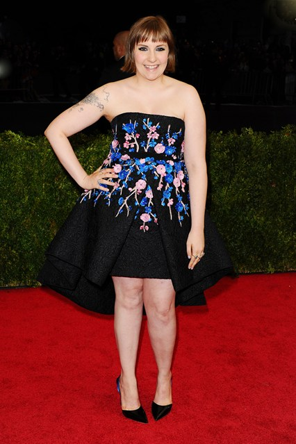 lena-dunham-vogue-6may14-pa_b_426x639